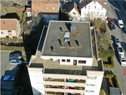 REMAX - Neuer Parkett und neue Wohnungstür! 6-Zimmer-Penthouse-Wohnung für Eigennutzer oder Kapitalanleger