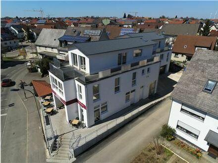 REMAX - Attraktive Kapitalanlage, 3 Whg. und Bäckerei mit Café, Neubau, Erstbezug der Wohnungen!