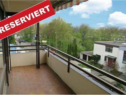 REMAX - Helle 3-Zimmer-Wohnung mit Garage in Weinstadt-Großheppach