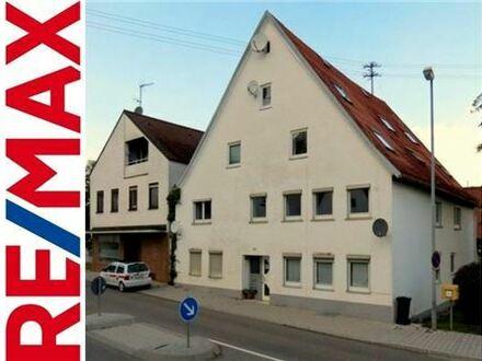 REMAX - Große Wohnung mit vier Schlafzimmern, Terrasse und Doppelgarage