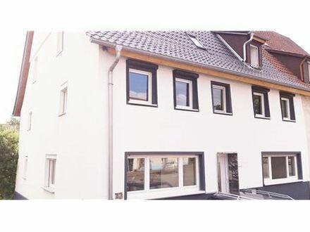 REMAX - 7- Zimmer Wohnung in Jebenhausen- ab sofort Frei