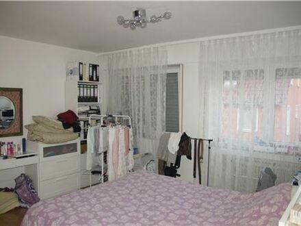 REMAX - 3 Zimmer Wohnung in Holzheim