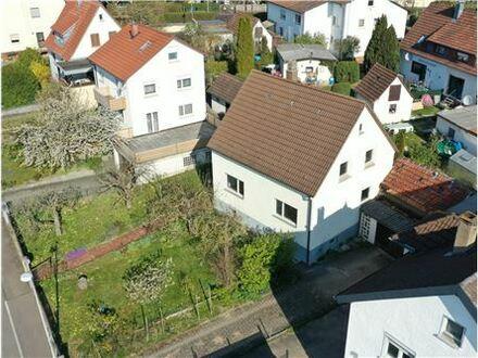 REMAX - Keine Käuferprovision! Gemütliches Einfamilienhaus – ruhige, gefragte Lage – großes Potential
