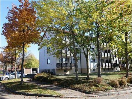 REMAX - Keine Käuferprovision! 3 Zimmer Maisonette Wohnung – Blick in die Wälder - Raumhöhe bis zu 3,5 m