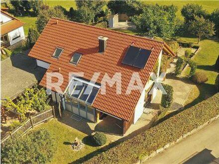 REMAX - Keine Käuferprovision! Angrenzend an Wiesen und Felder – 1062m² traumhaftes Grundstück – individuelle Architektur