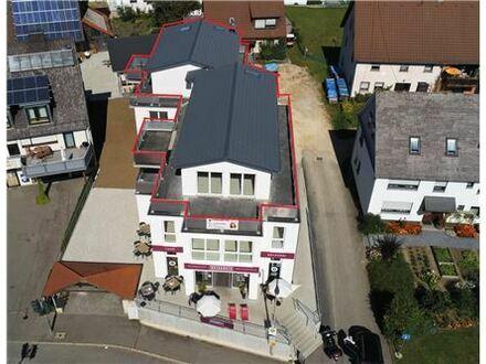REMAX - Exklusive Penthouse-Wohnung mit umlaufender Terrasse und herrlicher Aussicht
