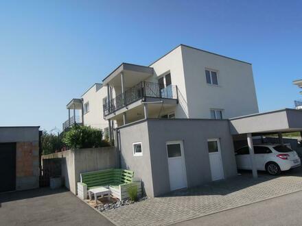 Neuwertige Wohnung mit toller Süd-Ostlage