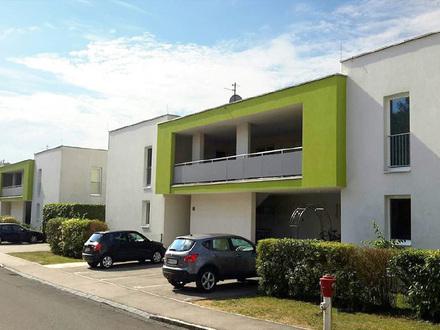 Neumarkt. Ab Oktober: Geförderte 4 Zimmer Wohnung | Loggia | Miete mit Kaufrecht.