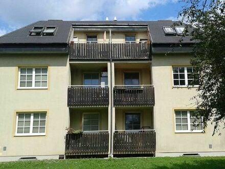 Schwadorf. 3 Zimmer Wohnung | Balkon | Befristete Miete.