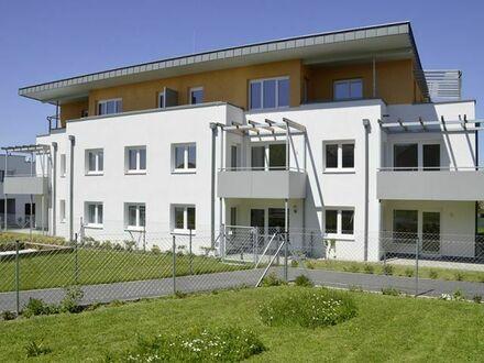 Wolfsbach. Geförderte 4 Zimmer Wohnung | Garten | Miete mit Kaufrecht.