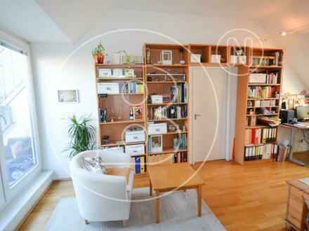 Perfekte 2-Zimmer-DG-Wohnung mit Terrasse & Garagenoption!