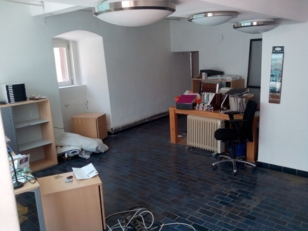 Wohnen & Arbeiten unter einem Dach, mit Geschäftslokal