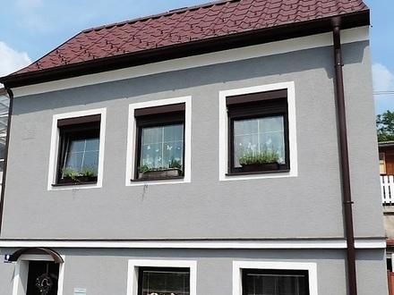 Entzückendes Haus mit Dachterrasse