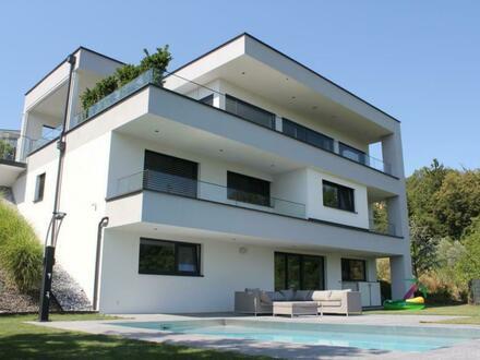 Graz - Gedersberg: Moderne Villa mit traumhaftem Panoramablick und Pool