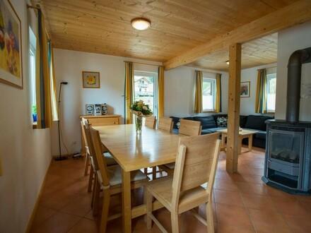 Ferienhaus und Ertragsobjekt in den Bergen.