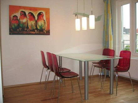 Sofort beziehbares, ausgestattetes Apartment mit Balkon