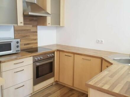 Gepflegte Maisonette im Zentrum mit neuwertiger Küche und zwei Schlafzimmer