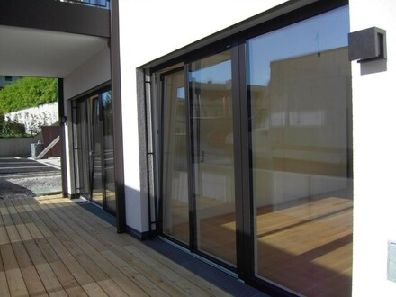 Büro/Ordination/Praxis mit moderner Topausstattung - ideal auch für Arbeiten und Wohnen geeignet!