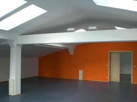 Bürofläche im Dachgeschoß