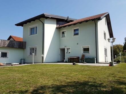 Mehrfamilienhaus mit sonnigem Garten!