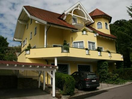 Dachgeschosswohnung in TOP-Ruhelage mit großzügiger Loggia