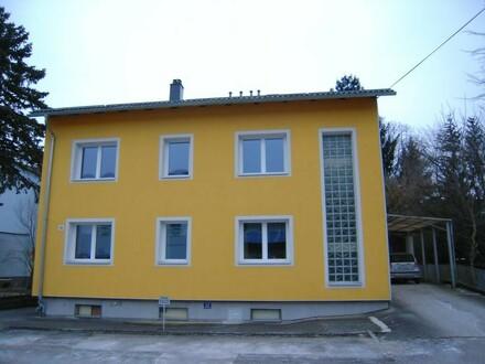 Großzügiges Wohn- oder Ertragshaus mit Potential in sehr guter Lage