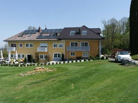 Anlageobjekte - 3 Wohnungen und Büro am Golfplatz in Kircham