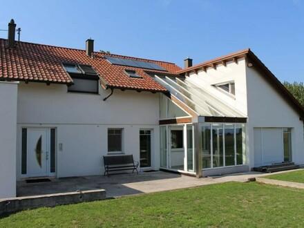 Modernes Wohnhaus in Pasching