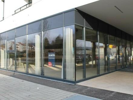 Neue Geschäftsfläche in zentraler Lage neben Billa