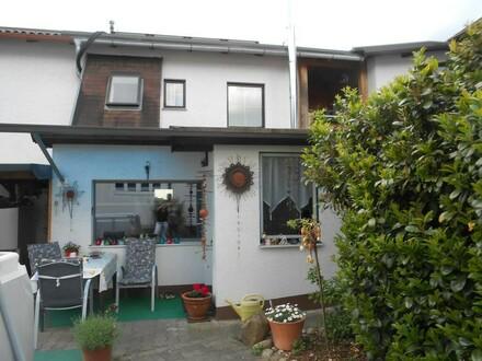 SPEZIELL - ANDERS - GEPFLEGTE Wohnung mit Garten
