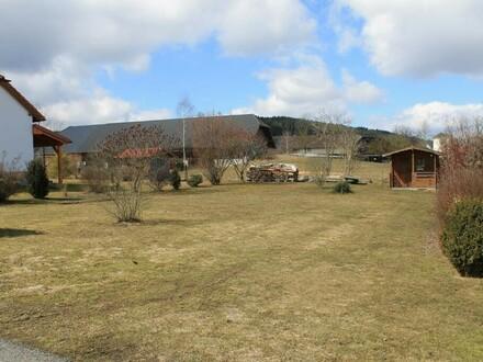 Ebene Baugründe in ruhiger Wohnsiedlung mit Dorfcharakter