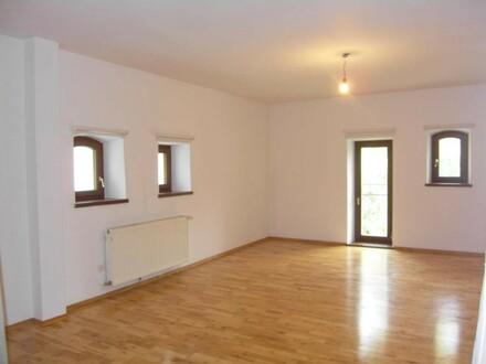 Großzügige 3-Zimmer-Wohnung im Schloss Mondsee