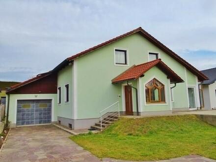 Wohnhaus in ruhiger Siedlungslage im Ortszentrum