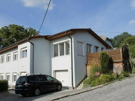 Sonnig gelegenes Wohnhaus in zentraler Lage