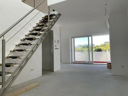 Top Wohnung mit offenem Galeriebereich