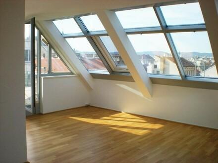 NEU SANIERT: City-Penthouse mit Klima - Terrasse mit Traumblick
