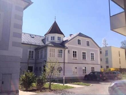 Mietwohnung mit 91 m² in zentraler Stadtvilla
