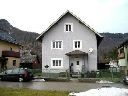 Wohnhaus mit 2-3 Wohneinheiten