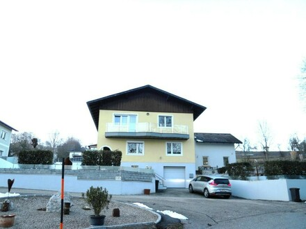 Großzügiges Mehrfamilienhaus