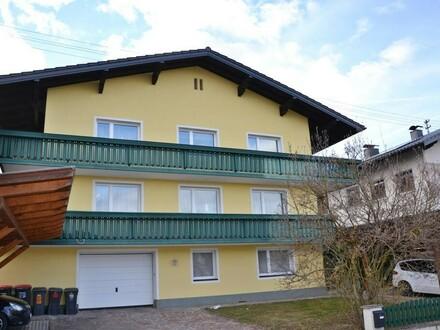 Sehr gepflegte 4-Zimmerwohnung mit großzügigen Balkon
