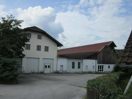 Lagerflächen mit rd. 100 m² Nfl.