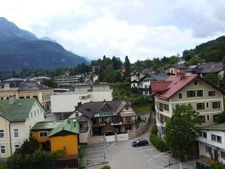 Herrliche DG-Mietwohnung mit 10 m² Südlogia