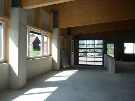 Gewerbeflächen/Geschäft/Büro/Lager direkt an B 145