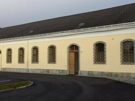 Lager- und Büroflächen in historischem Gebäude zu vermieten - beste Verkehrslage!