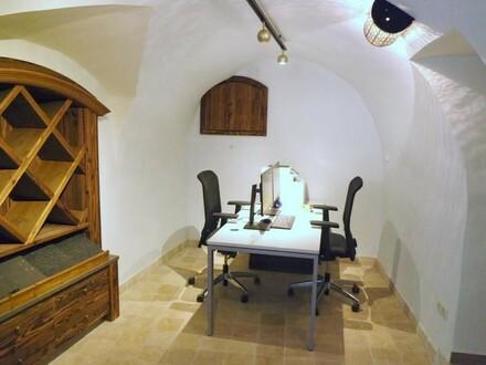 Historisches Geschäftslokal im Stadtteil Traundorf