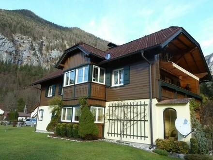 Herrliches Wohnhaus zwischen See + Bergen