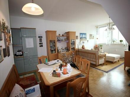 Herrliche 2-Zimmer Stadt-Wohnung mit Tiefgarage