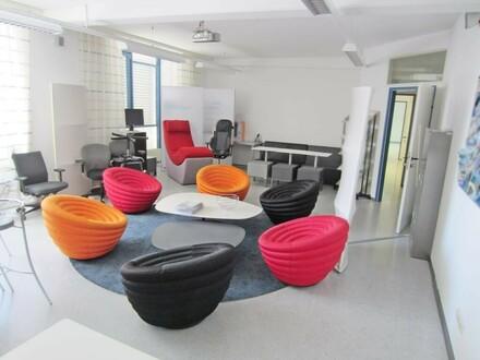Büroflächen im repräsentativen Meierhof!