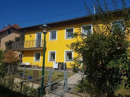 Wohnhaus in ruhiger Siedlungslage