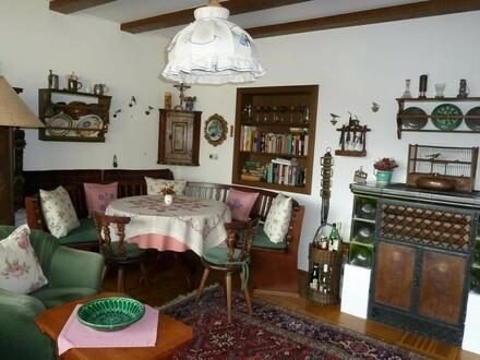 Sehr schöne 2-Zi. Wohnung mit Südloggia und Garage